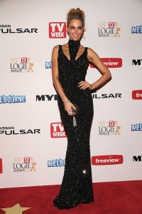 Jennifer Hawkins at the 2013 Logies in Jayson Brunsden