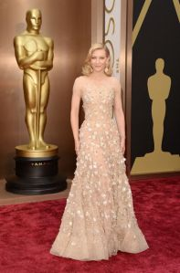 Cate Blanchett at the 2014 Oscars in Armani Privé