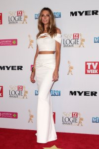 Jennifer Hawkins at the 2014 Logies in Toni Maticevski