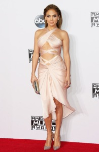 Jennifer Lopez in Reem Acra at the 2014 American Music Awards