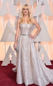 Anna Faris wearing Zuhair Murad Couture at the 2015 Oscars