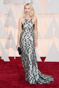 Naomi Watts wearing Armani Privé at the 2015 Oscars