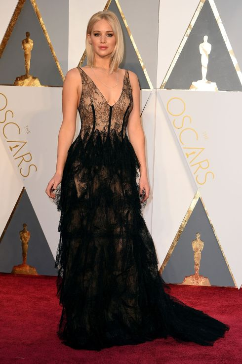 Jennifer Lawrence wearing Dior Couture at the 2016 Oscars